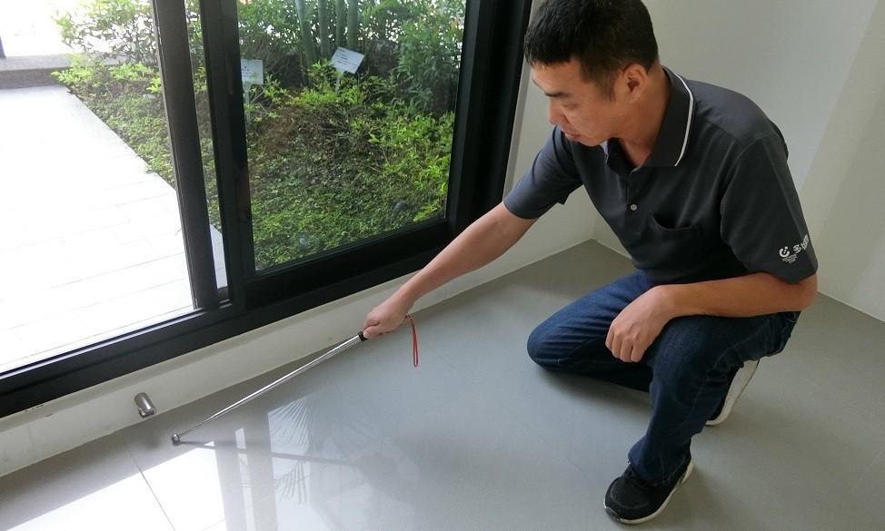 檢查所有地.壁磚有無大面積空心、龜裂及凹痕